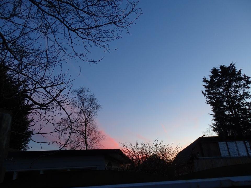 Fel licht vroege avond foto