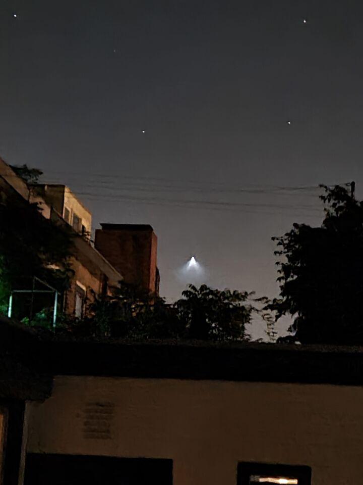 Landende raket? foto