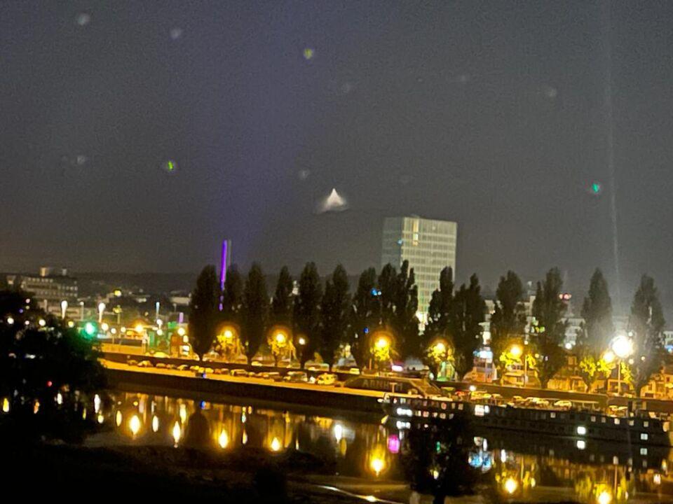Driehoek en lichten stilstaand foto