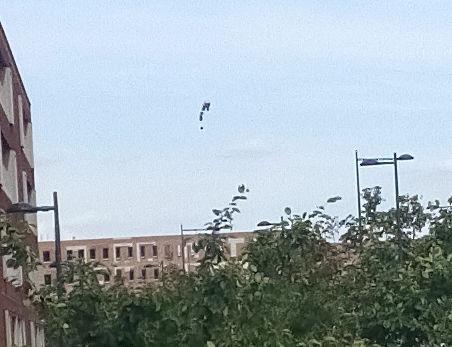 Cluster UFO's boven Breda foto