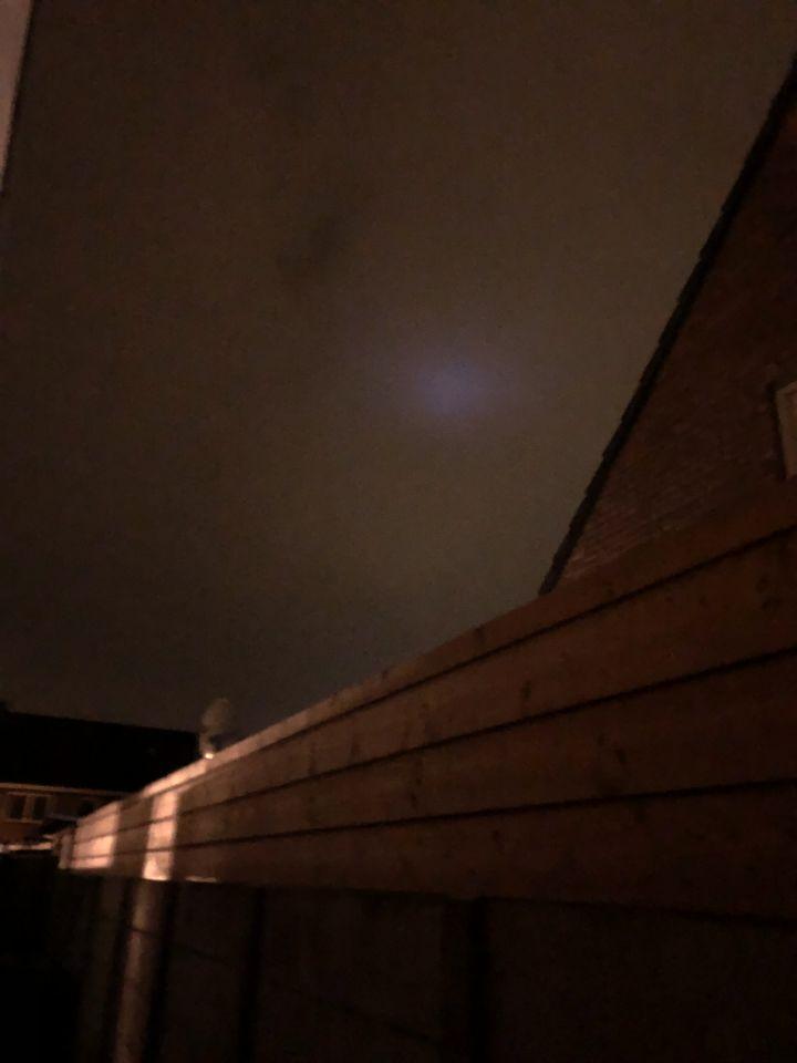 Lichte plek in de lucht foto